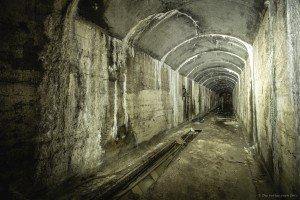 Der unterirdische Beschussbunker (14)