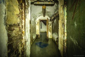 Der unterirdische Beschussbunker (18)