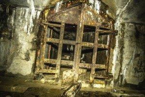Der unterirdische Beschussbunker (7)